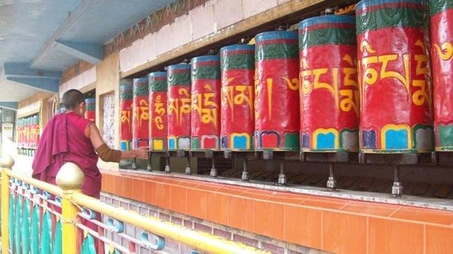 India_1-996234-edited.jpg