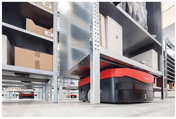 CarryPick_warehouse_robot